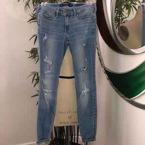 👖 Hollister Low Rise Super Skinny Crop Jeans Sz 1